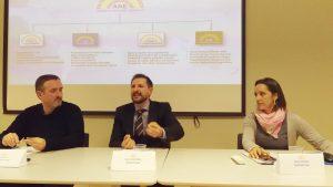 La Asamblea Nacional Española se presenta en Reus